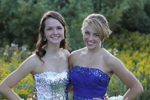 homecoming2012-MeganFriend1